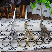 Click to view details for Scissors (1589571)
