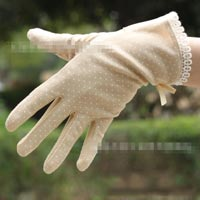 Click to view details for Gloves (1703365)