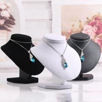 Click to view details for Jewelry Display (1724137)