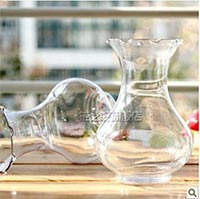 Click to view details for Vases (1735981)