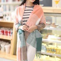 Click to view details for Scarfs (1738708)