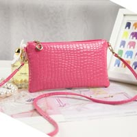 Click to view details for Handbags (1776543)