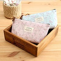 Click to view details for Cosmetic Bag (1803103)