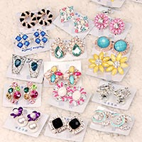 Click to view details for Earrings (1833004)